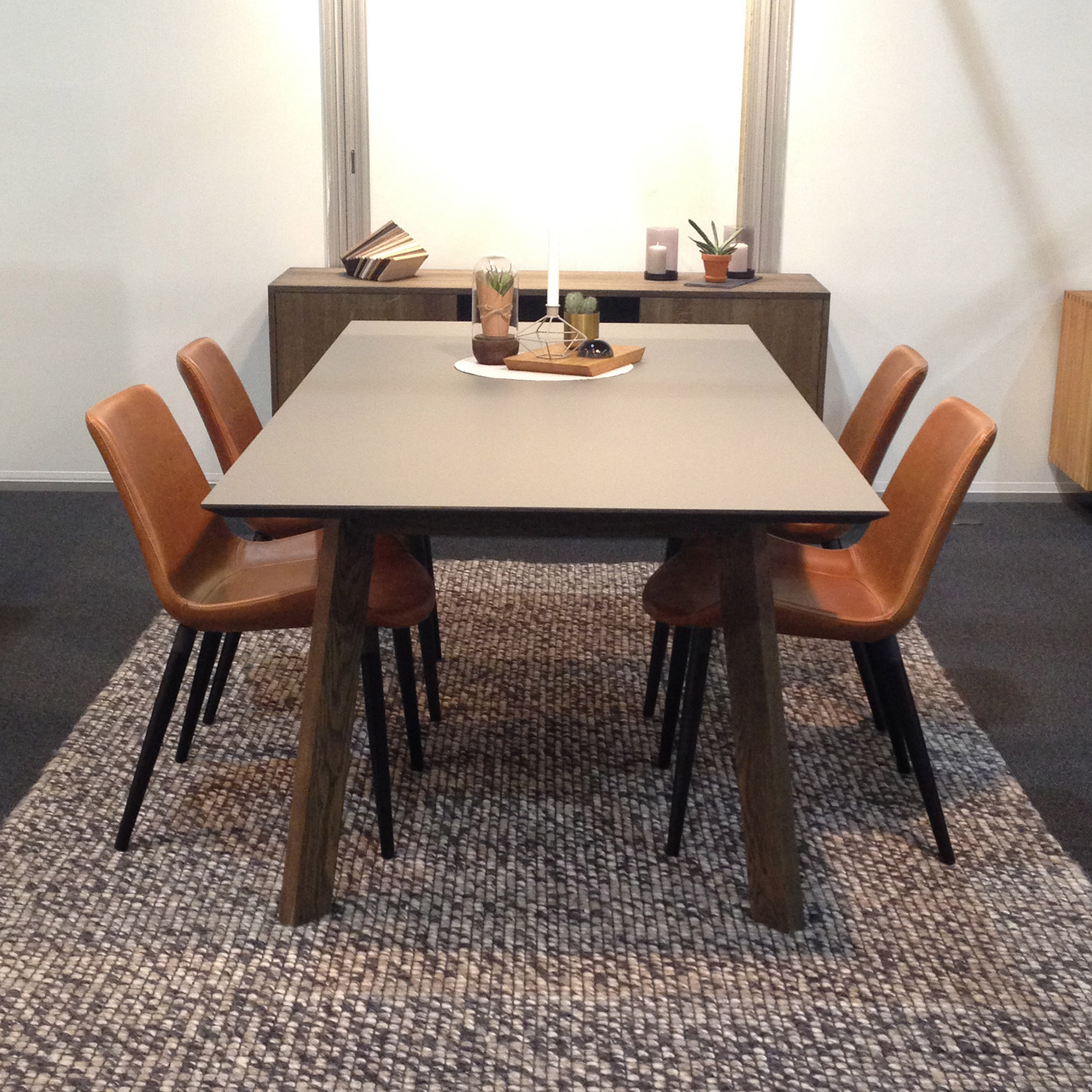 Flex Dining Table