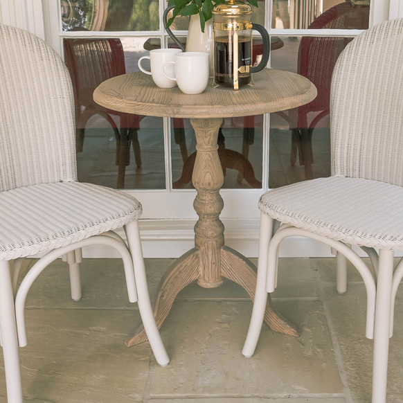 French-Pedestal-Table